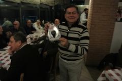 Sandro IK2ULM  con il premio offerto da DAE Telecomunicazioni